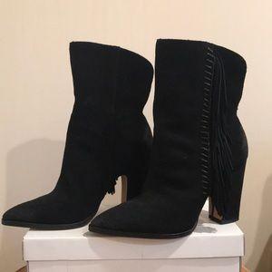 Unworn Dolce Vita black suede heels